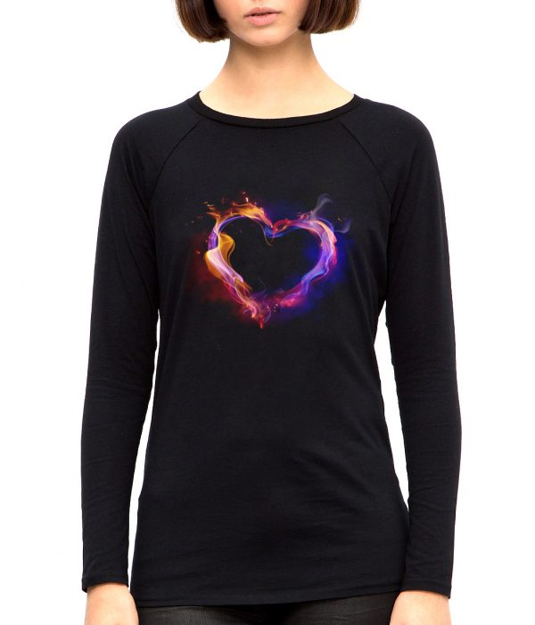 Изображение Женский лонгслив с космическим сердцем