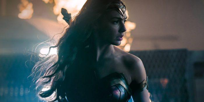 Футболки с супергероями DC Comics: Чудо Женщина