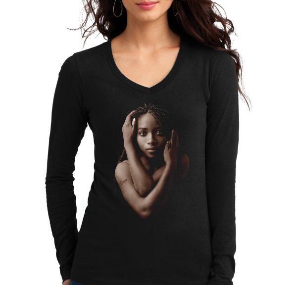 Изображение Лонгслив женский черный Темнокожая девушка